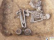 Cavemen Buried Shamans