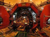 Large Hadron Collider Scientists Glimpse Higgs Boson 'the Particle', Physicist's Holy Grail