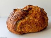 Dutch Oven Cheddar Cheese Bread