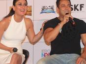 Kareena Kapoor Chic Look Bajrangi Bhaijaan Promotions!