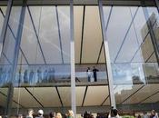 Apple Stores Makeover: Sometimes It's Smart Redesig Before Needed