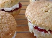 Mini Victoria Sponge Cakes with Strawberry