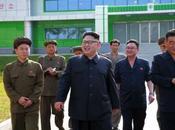Jong Visits Medical Oxygen Factory