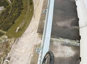 Vide: Bike Rider Balances Narrow Beam Meters