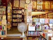 Bookshops, Books, Their Awesomeness