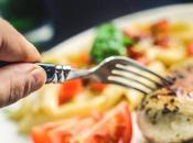Tips Eating With Co-Workers When Dieting