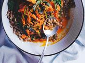 Carrot Spinach Curry Sauce with Lentils (+Video)