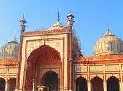 Delhi, India: Taxi, Taxi!