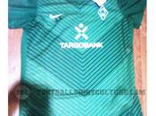 2011/12 Werder Bremen Home/Away Kits