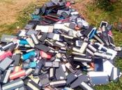 Poly Ibadan Burns Cell Phones Worth Millions Seized From Students During Examination Photos