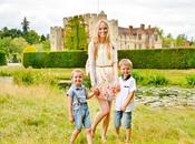 Returning Hever Castle True Tudor Wonderful Family