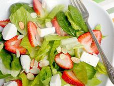 Strawberry, Spinach Mozzarella Salad with Balsamic Strawberry Vinaigrette