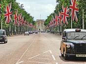 Queen's Diamond Jubilee: Items Merchandise (including Coronation Chicken Cream)