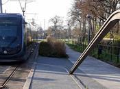 Traversée: Picking Good Vibrations Blanquefort Tram/train Station