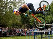 Danny MacAskill, Cyclist
