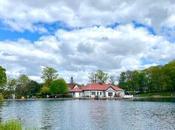 Boathouse, Rouken Glen. Review