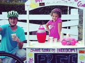 Little Girl Earns $30,000 from Lemonade Stand