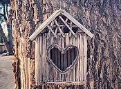 Birdhouse with Heart-shaped Hole Little Town Kanab Really Nice Place Way. [Flickr]