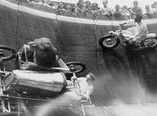 1930s, Daredevils Would Drive Walls With Lions Passengers