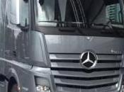 Daimler Sees Strong Long-term Outlook Global Truck Market