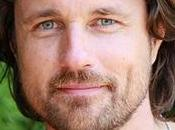 Martin Henderson Joins Cast SECRET LIVES HUSBANDS WIVES