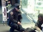 Video NYPD Officer Giving Homeless Shoes Goes Viral