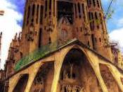 Antonio Gaudi: Organic Architecture