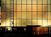 Maximum Exposure: Daring Chic Glass Houses