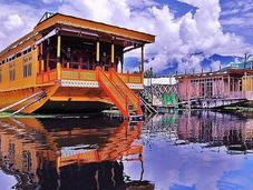 Floating Kashmir- Stay Remember Houseboats
