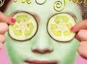 Book Review: Life Pink Green Lisa Greenwald