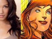 "Flash Pilot Casts ""The Love Interest"" (Iris West) ""Best Friend"" (Cisco Ramon)"