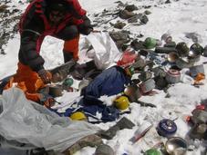 Everest 2014: Nepal Promises Crack Down Littering Climbers